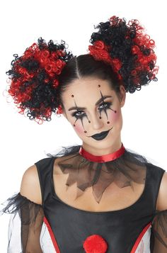 Clown puffs are a great way to accessorize your already fabulous clown costume. If you don't like full wigs, or the traditional clown afro just isn't your thing, these are a great alternative. These puffs are a dramatic red/black. Halloween Clown, Theme Halloween, Halloween Makeup Looks, Clown Costume Women, Scary Clown Costume, Marionette Costume, Circus Costume, Circus Clown, Creepy Clown Makeup