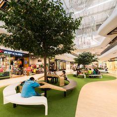 Central Plaza Rayong – Wison Tungthunya & W Workspace Atrium Design, Plaza Design, Mall Design, Green Architecture, Landscape Architecture, Architecture Design, Dark Interiors, Shop Interiors, Shopping Mall Interior
