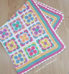 Crochet 'Spitspot Summer Love Blanket' Crochet along (CAL) Crochet Square Patterns, Crochet Borders, Crochet Squares, Crochet Blanket Patterns, Crochet Motif, Hand Crochet, Crochet Stitches, Crochet Crafts, Crochet Projects