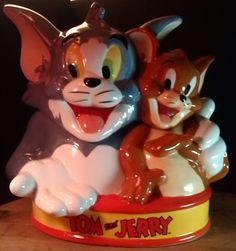 Tom and Jerry Hugging Best Friends Cartoon by Westland Ceramic Cookie Jar UNUSED #CookieJar $49.99