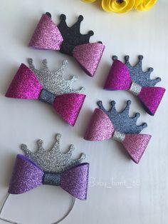 Making Hair Bows, Diy Hair Bows, Diy Bow, Bow Hair Clips, Cinderella Hair, Bow Template, Hair Bow Tutorial, Bow Pattern, Glitter Fabric