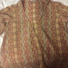 3/4 sleeve silk patterned top Perfect for the summertime with white jeans or jean shorts. You can dress it up or dress it down. Only worn once. Lovers + Friends Tops