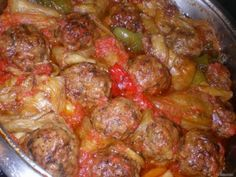 keftedes me piperies sto fourno Cookbook Recipes, Meat Recipes, Cooking Recipes, Greek Cooking, Cooking Time, Greece Food, Sour Foods, Greek Dishes, Greek Recipes