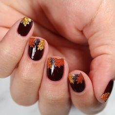 """Happy fall y'all. 🍂🍁 - Originally inspired by 🍃 - Products used: Base: """"Good Knight"""" Glitter: """"Tomoko"""" Thanksgiving Nail Designs, Thanksgiving Nails, Fall Nail Art, Autumn Nails, Good Knight, Fall Manicure, Matte Top Coats, Fall Patterns, Happy Fall Y'all"""