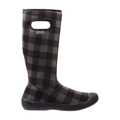 A pinnacle of versatility, the Summit Buffalo Plaid boot is machine washable with slipper-like comfort and a foldable upper. A cozy cabin boot, the Summit is the pick of the winter for coffee on the porch, a dash to the woodpile or lounging in front of a fire.