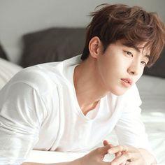 Jong Hyuk, Lee Jong Suk, Asian Actors, Korean Actors, Nam Joo Hyuk Lockscreen, Busan, Seoul, Bride Of The Water God, Foreign Celebrities