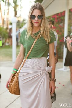 we want to tie our skirts like that!
