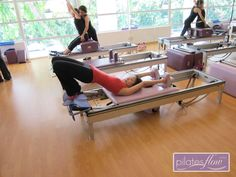 Christina does the Semi Circle on the Reformer, nothing like starting your week right by working that body!  #pilates #reformer   www.thepilatesflow.com.sg https://www.facebook.com/ThePilatesFlow