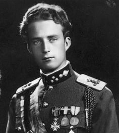 HM King Leopold III of Belgium (1901-1983) King Leopold rejected cooperation with the Nazis and refused to administer Belgium in accordance with their dictates.