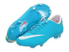 Nike Mercurial Victory III   these are the awesome soccer cleets i want :D