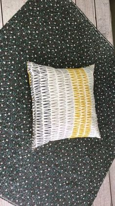 Throw Pillows Cotton Decorative Pillowcase 18inch Throw Pillowcase Cushion Cover Twin Sides Generic Custom Light Gray and White Polka Dot Pattern