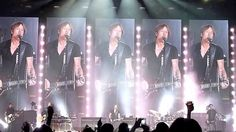 Keith Urban - Air Canada Centre - Toronto - Intro + Long Hot Summer - Ja...
