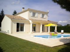 4 BED DETACHED PROPERTY WITH POOL.  €318,000/£265,244