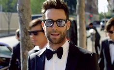 Maroon 5's 'Sugar' Controversy Helps Push Adam Levine's Band Atop Billboard Charts
