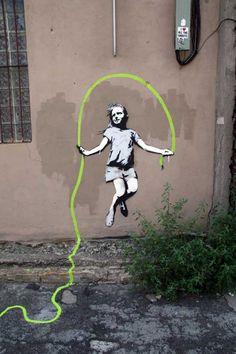 STREET ART (BY BANKSY)