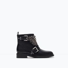 ZARA - WOMAN - Leather ankle boot with metal details