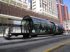 Estação tubo / transporte coletivo