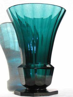 SPLENDID JOSEF HOFFMANN MOSER KARLSBAD ART GLASS VASE CIRCA 1905-1915