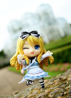☄★○ collectible anime figures ~ like 2D come to life ♥ Alice in Wonderland nendoroid figure - anime girl - jumping - winking - head bow - striped socks - chibi - kawaii ○★☄
