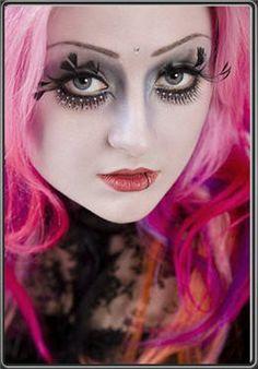 Love the eye lashes!
