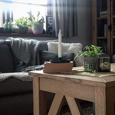 Anna Katarzyna (obokdomku) • Instagram Posts, Videos & Stories #webstaqram • Taki nastrój .... . #jesien #melancholia #livingroom #interior #cozyroom #cozy #cozyhome #wypoczynek #drewnowdomu #natura #wooddesign #woodhouse #świece #hyyge #myhyygehome #przytulnydom #countryhomes | Webstaqram