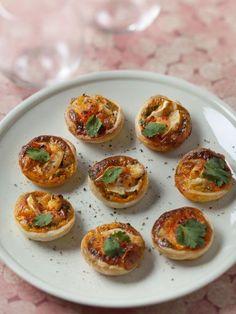Tartelettes chorizo tomate chèvre : Recette de Tartelettes chorizo tomate chèvre - Marmiton