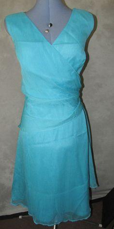 Ladies Formal size 18 Dress Calf Length v neck x over style bodice Make isTeatro Clubwear Dresses, Cgi, Calves, Bodice, Wrap Dress, V Neck, Formal, Lady, Pattern
