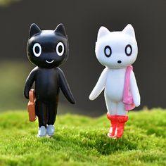8Pcs/Set Kawaii Zakka Action Figure Miniatures Small Black White Cats Micro Landscape Fairy Garden Decoration Mini Toys