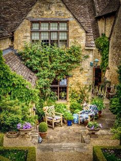 A place to sit and read in the Cotswolds at Burford, Oxfordshire.