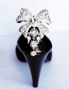 25 off Bridal Shoe Clips Crystal Rhinestone Shoe by LXdesigns,