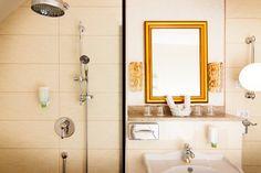 Geräumiges Badezimmer im Business Suite des Parkhotels Graz Vanity, Bathroom, Graz, Bathing, Vanity Area, Bath Room, Lowboy, Dressing Tables, Bathrooms