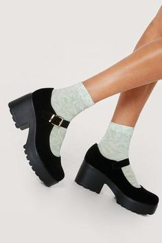 Chunky Platform Mary Janes | Nasty Gal Zapatos Mary Jane, Mary Jane Heels, Swag Shoes, Cleats Shoes, Cute Shoes, Me Too Shoes, Cute Girl Sketch, Harry Styles Concert, Aesthetic Shoes