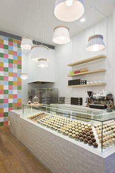 Cotemporary Cupcake Shop Interior Design and Decorating Ideas in Melbourne, Australia by Mim Design Design Shop, Mim Design, Cafe Design, Restaurant Interior Design, Cafe Interior, Shop Interior Design, Retail Design, Interior Decorating, Decorating Ideas