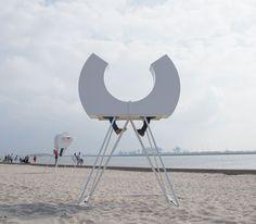 HEADS at beach Hoek van Holland - Rob Sweere