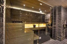 saunan remontti - musta kylpyhuone