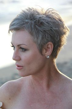 #shortgreyhair #pixie #silverhair #naturalcolor #unedited #billyyamaguchi…