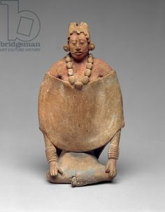 Seated Woman, Late Classic, (earthenware with traces of paint) Hispanic Art, Ancient Goddesses, Sculpture Clay, Sculptures, Indigenous Art, Ancient Artifacts, Museum Of Fine Arts, Pattern Art, Art Google