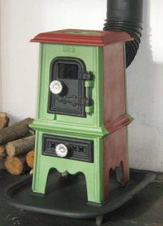 "Adorable ""Pipsqueak"" stove by Salamander"