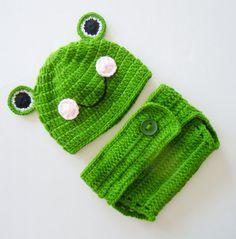 New Handmade Crochet Newborn Frog Baby Photo by Ashleystore2012, $35.99