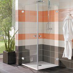 DuschdörrCamargue Air87,5 Denna duschlösning kommer med 8 mm klart säkerhetsglasoch kan kombineras fritt. Alla delar är vändbara, höger eller vänster. Höj