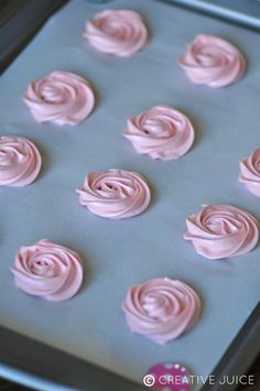 How to make rose meringues - tutorial and recipe