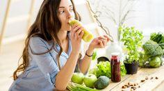 """""""Jím pravidelně každé tři hodiny a jenom samé zdravé věci. Přesto nehubnu!"""" Máte podobný problém? A víte, jakou energetickou hodnotu vaše jídla mají? Některá jsou sice mimořádně zdravá, ale zároveň mají spoustu kalorií. Pojďte se podívat na ta nejhorší."""