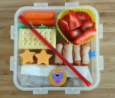 another lunch: Snack bento with a fun new kid treat :)