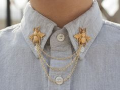 bees, gold jewelry