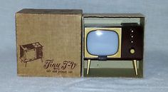 Vintage 1950's Tiny Television Photo Holder W/Pop Up Salt & Pepper Shakers IOB Salt Pepper Shakers, Salt And Pepper, Photo Holders, Box Tv, Free Coloring, Pop Up, 1950s, Touch, Kitchen