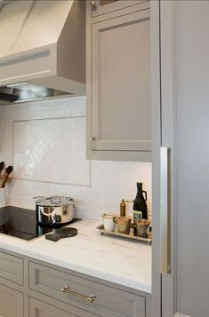 Modern Kitchen Cabinets - CLICK THE IMAGE for Various Kitchen Ideas. #cabinets #kitchens