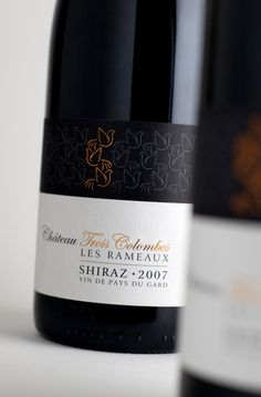 label / wine / Château Trois Colombes – Harpers Design Awards 2010 Gold Medal  #taninotanino #vinosmaximum