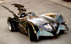 Batmobile from Batman and Robin, dumb movie cool car.chicks dig the car. Batman Auto, Real Batman, Batman Batmobile, Im Batman, Original Batmobile, Batman Stuff, Batman Begins, George Clooney, Cars Motorcycles