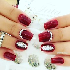 Receive Up To 20% OFF Ulta Coupons & Sales + FREE Samples at Ulta. Click here to find out more! Fancy Nails, Bling Nails, Red Nails, Glitter Nails, Pretty Nails, Red Nail Designs, Beautiful Nail Designs, Acrylic Nail Designs, Acrylic Nails