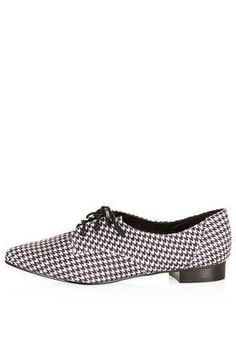 I do love a houndstooth print :: MANCE Pointed Lace Up Shoes - Flats  - Shoes